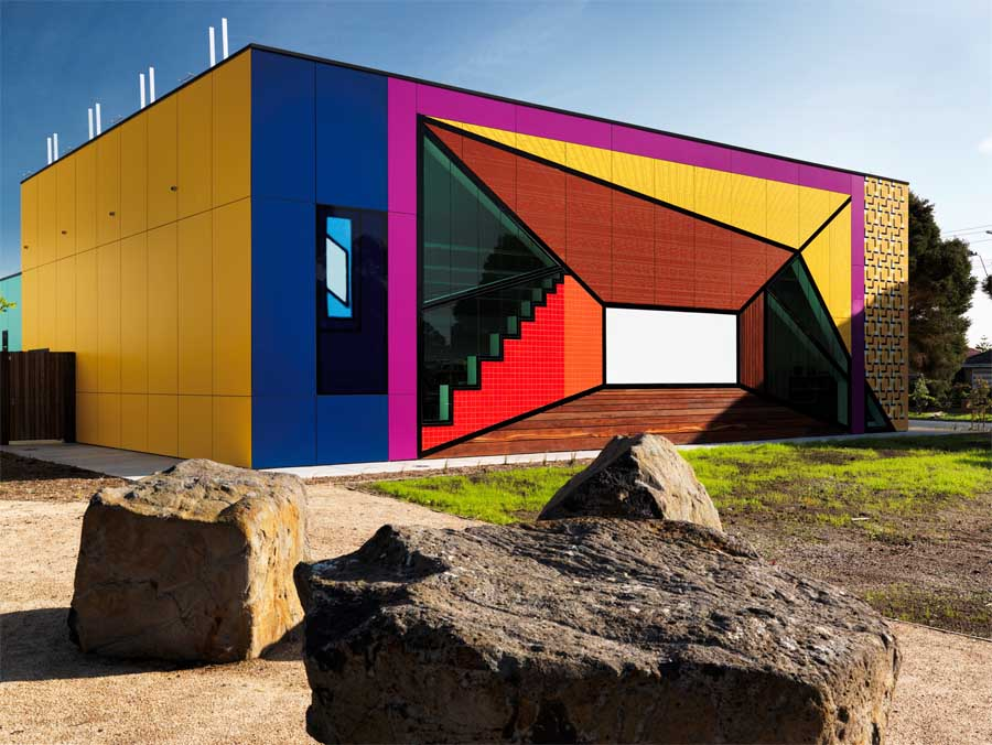avondale_heights_library_w180811_t1